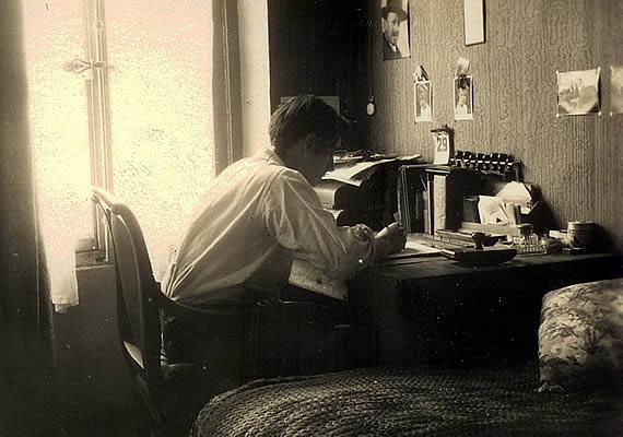 Wolf Schmidt 1932