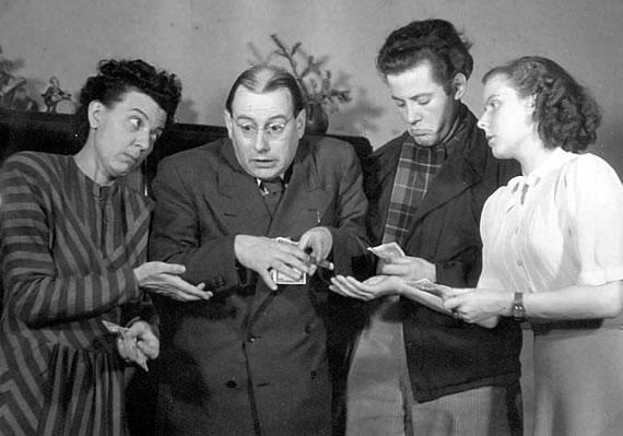 Die Familie Hesselbach im Radio